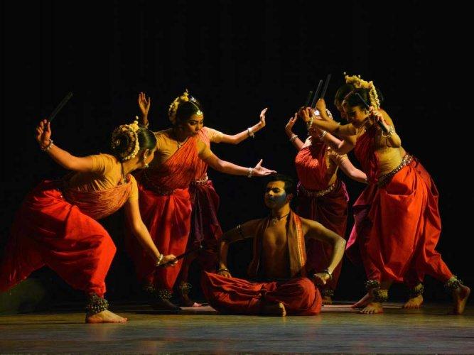 MUSIC AND DANCE REVIEWS- Nitya Nritya and  Odissi
