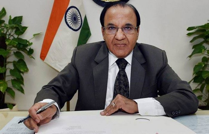 JD(U) asks EC to explain why Guj poll dates not declared