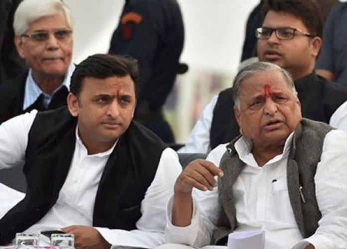 Names of Mulayam, Shivpal missing from SP national exec list