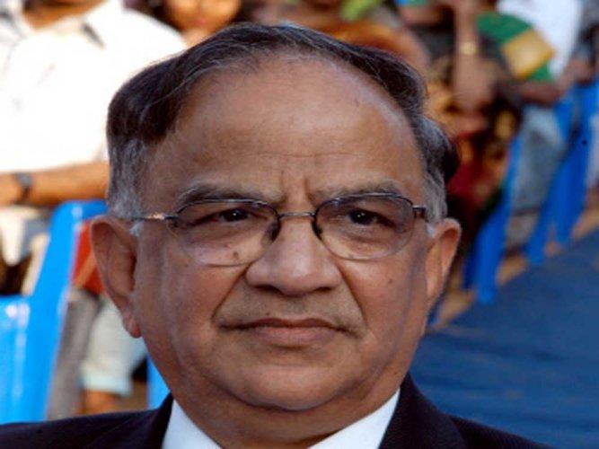 Aadhaar can be sole ID proof for voting: Ex-CEC Krishnamurthy