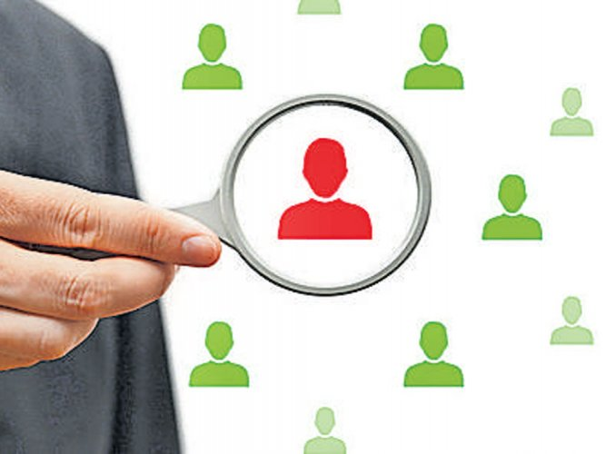 Indians shunning overseas job lure; job hunt at home on rise