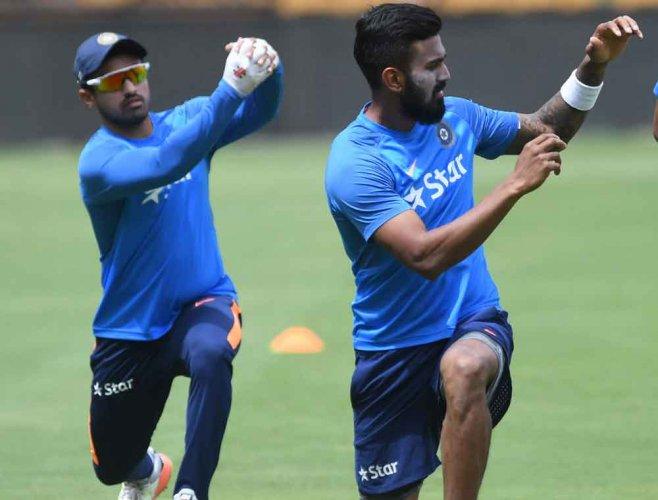 Rahul, Nair return for Hyderabad game