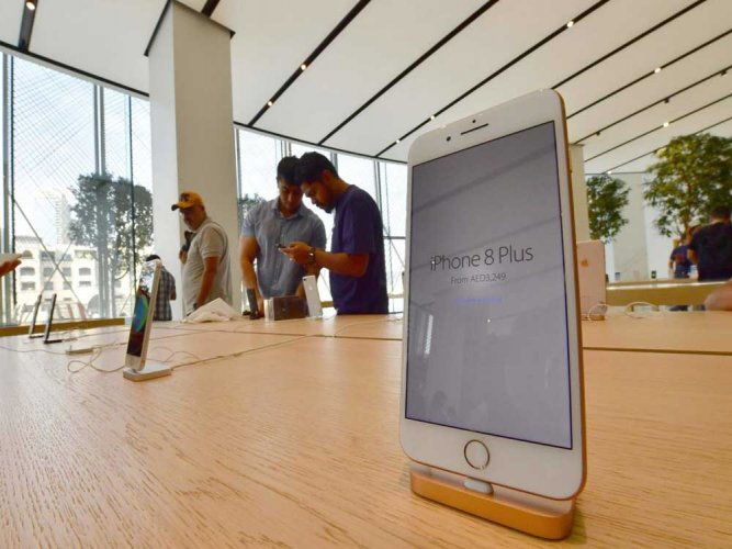Lukewarm response for apple in India too