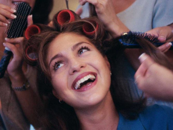 Experimenting celebs, technology behind booming hair industry: experts