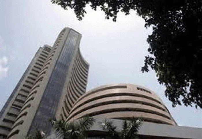 Sensex rebounds 117 pts in sea-saw trade