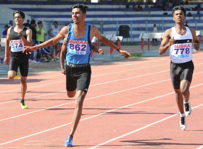 Devaiah powers to 200-metre gold