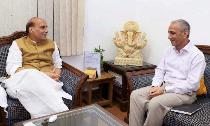 Interlocutor will decide on whom to talk to: Singh