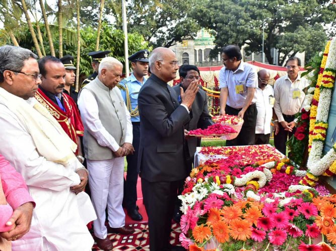 President Kovind hails Tipu, calls him a hero