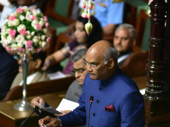 BJP, Congress cross swords as President heaps praises on Tipu