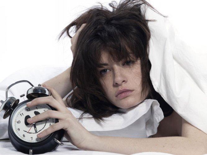 Teens trading sleep for smartphone time: study