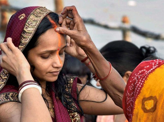 Chhath fever hits crescendo in Patna, all roads lead to Ganges