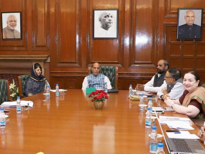 Centre fast-tracks projects in Kashmir