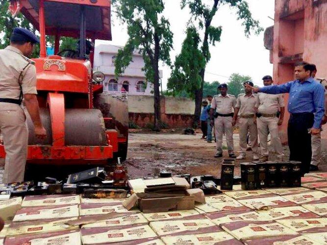 34 cartons of liquor seized in Bihar