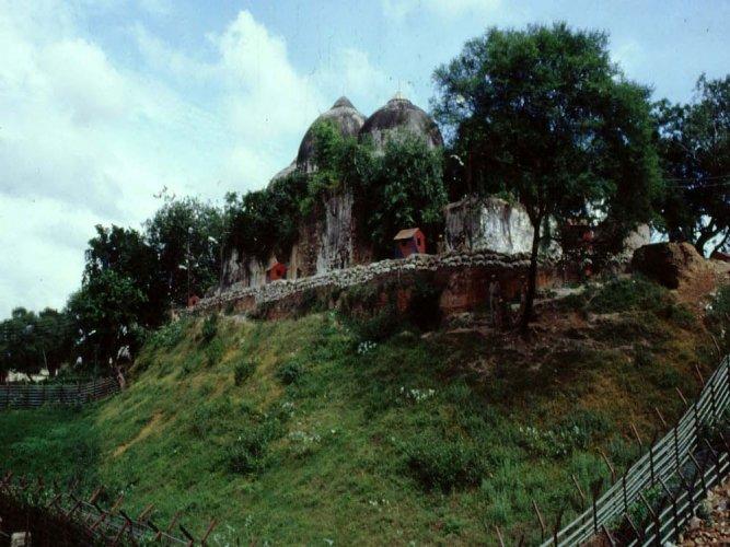 'Talks among stakeholders on Ram temple'