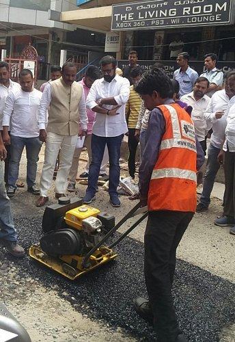 'Road Doctors' to heal City's pothole-ridden roads