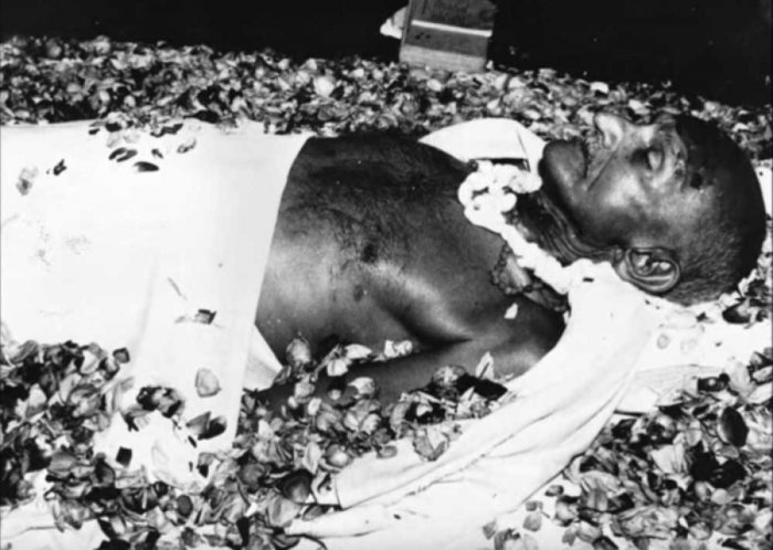Tushar Gandhi moves SC opposing reopening of Mahatma's assassination case