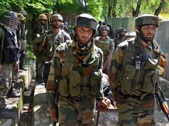 Sale of combat dresses of security forces banned in Samba