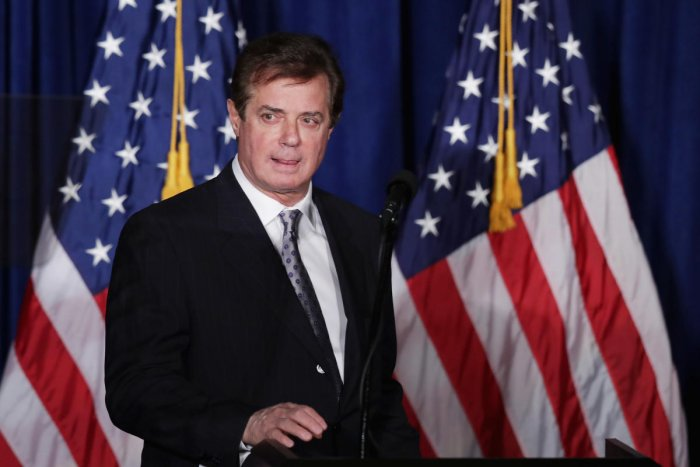 Ex-Trump campaign manager Manafort surrenders to FBI - reports