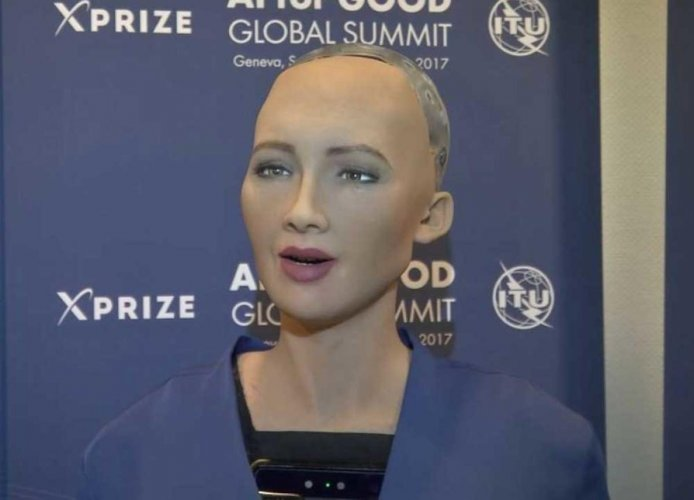 Saudi women riled by robot with no hjiab and more rights than them