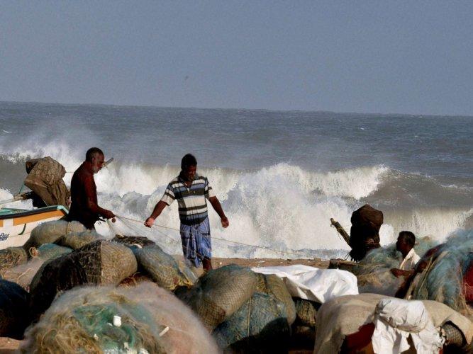 13 fishermen arrested by Sri Lankan Navy