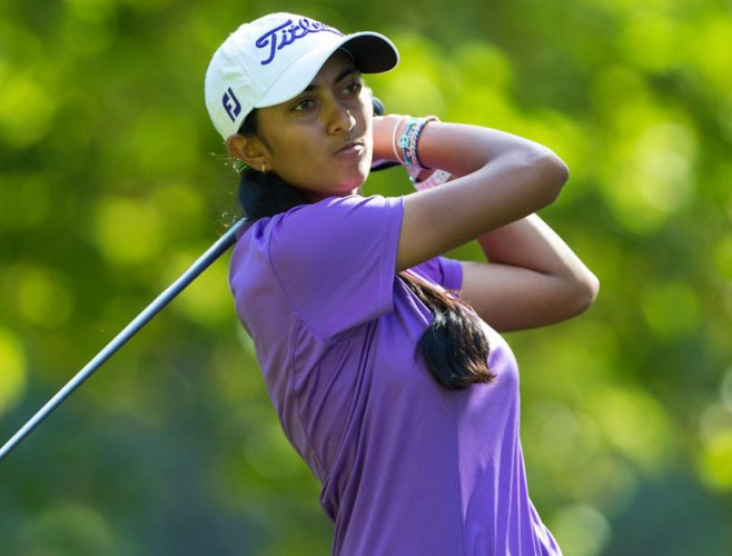 Aditi closes in on leader Pace