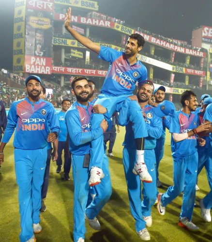 I didn't ask for farewell match: Nehra