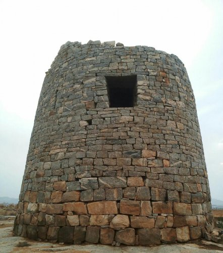 600-year-old turret falling to pieces, locals seek restoration