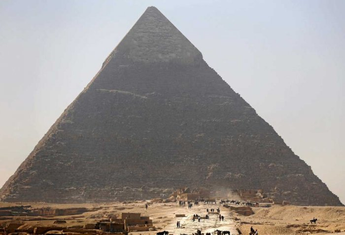 Cosmic-ray imaging finds hidden structure in Egypt's Great Pyramids