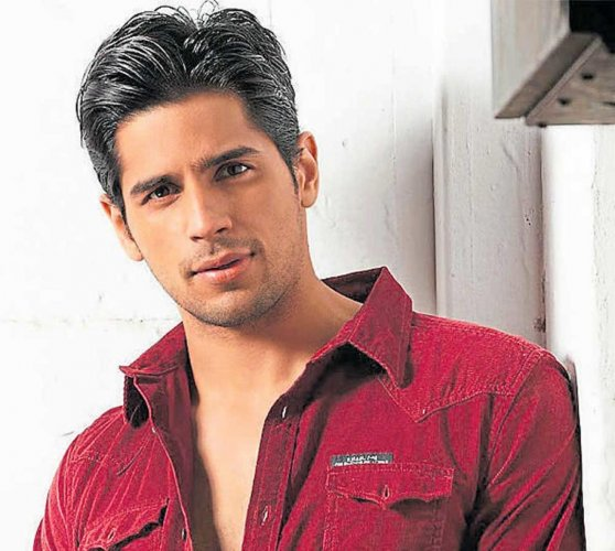 We want to do full justice to Vikram Batra's story: Sidharth