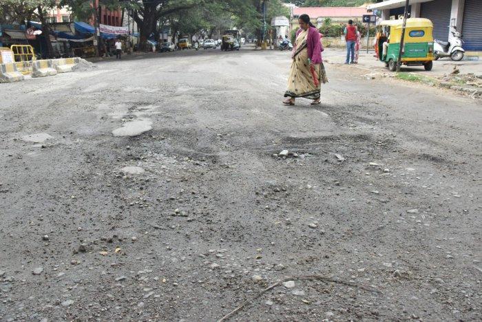 CM's deadline ends, but perils of potholes far from over