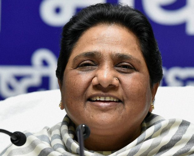Mayawati slams Yogi over 'saffronisation' of Shastri Bhavan building