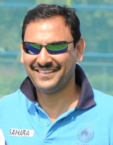 Harendra sets bigger goals