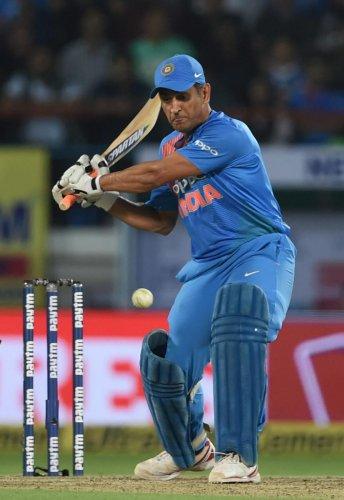 India, Kiwis target series win