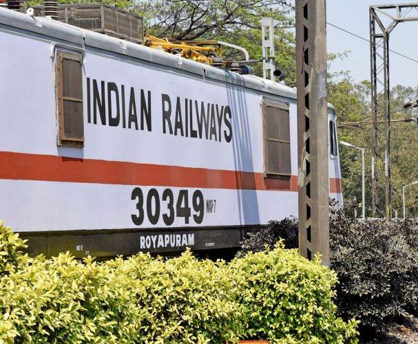 Pilot-less locomotive travels 8 km!