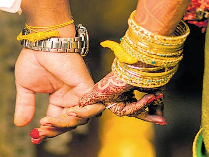 Mandatory marriage registration to rein in elusive NRI grooms