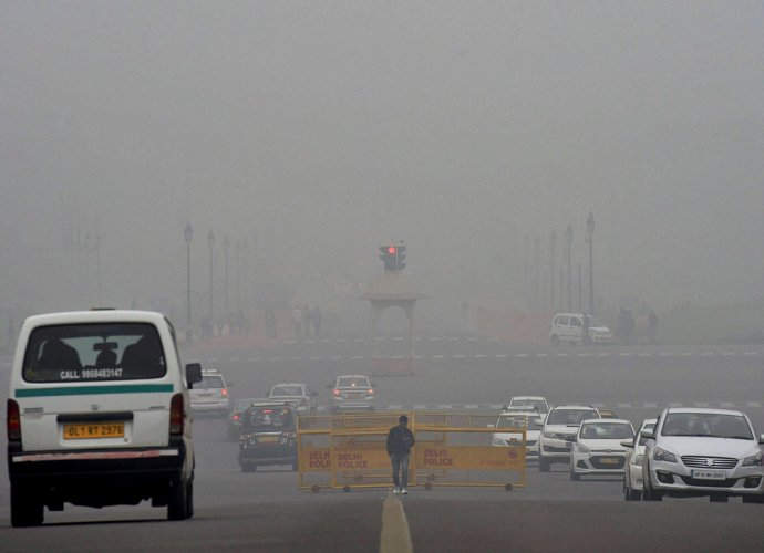 Odd-even back for 5 days as Delhi chokes on smog