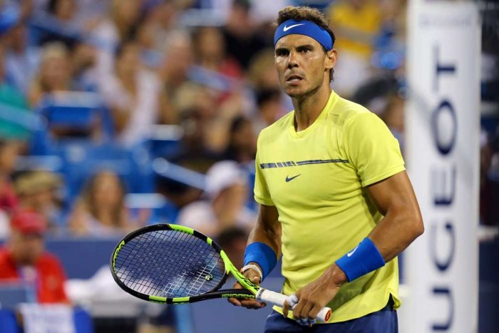 Don't tinker too much, say Federer, Nadal