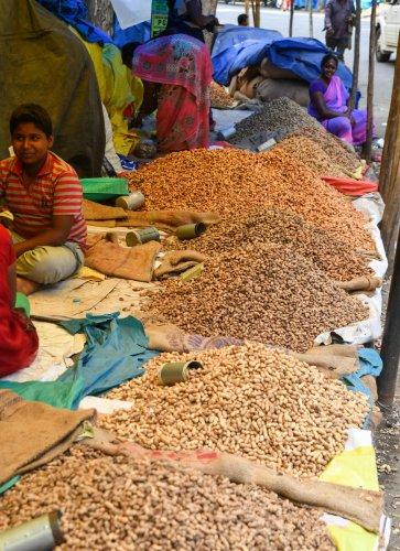 Kadlekai Parishe, Bengaluru's fabled peanut fair, now open
