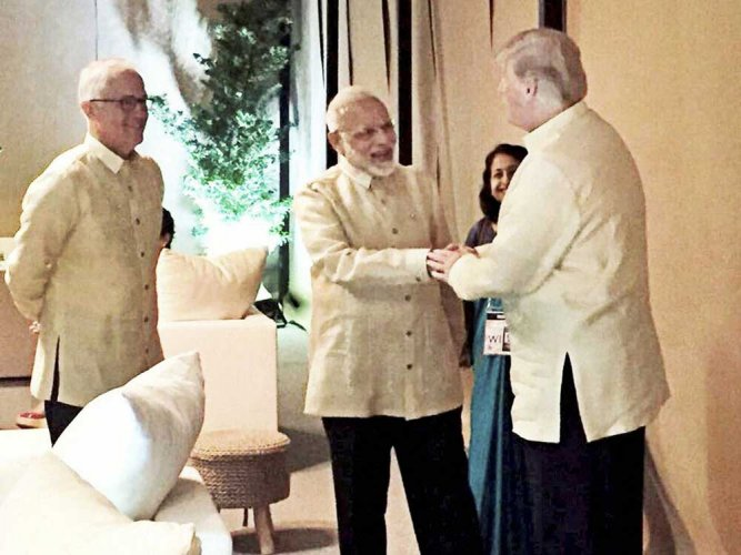 Modi briefly meets Trump, world leaders at ASEAN gala dinner