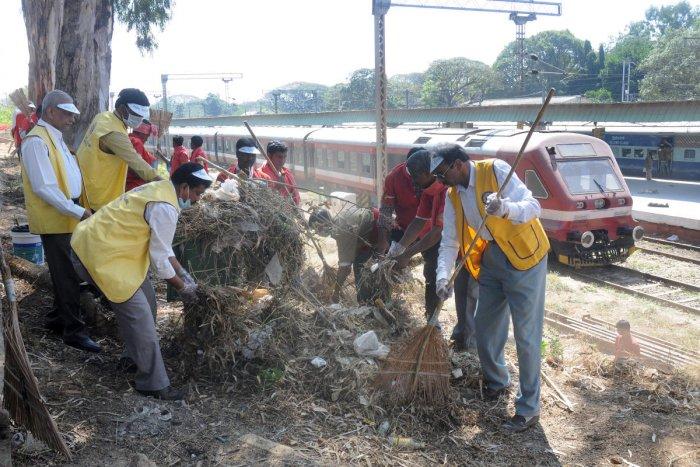 India rejects UN official's criticism of sanitation drive