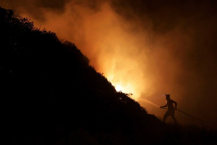 Peru fire ravages ancient archaeological site