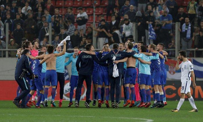 Croatia wrap up World Cup spot