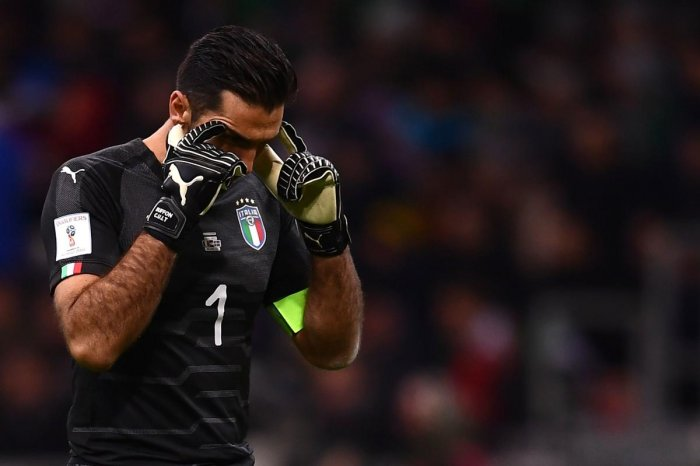Tearful Buffon bows out from big stage