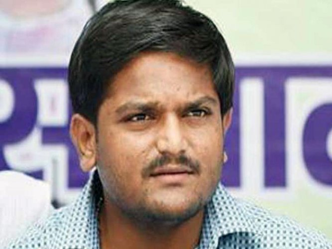Another video of Hardik with woman surfaces