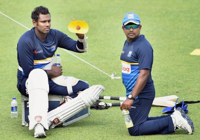 Lanka may opt for five bowlers