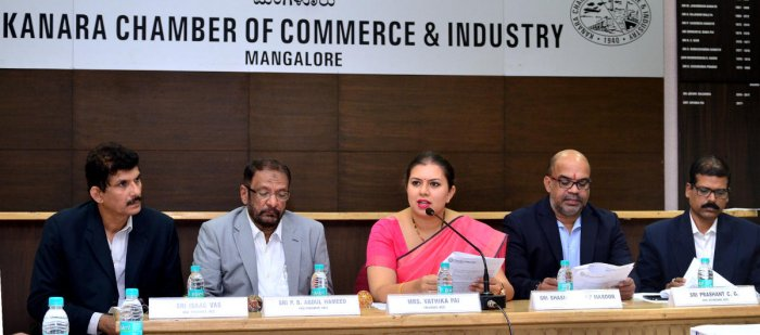 Develop phase 2 of Bykampady Industrial Area: KCCI