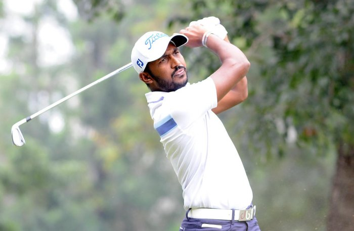 Chikka cards six-under on opening day
