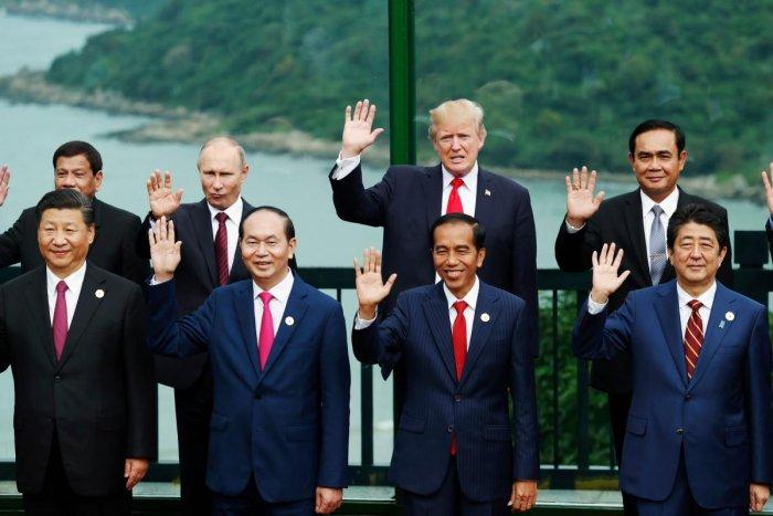 As US retreats, China, Japan seek to mend ties