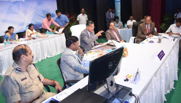 'Stern action against making RTI into biz'