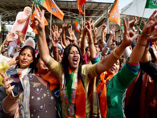 Chorus of dissent greets BJP's first list